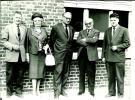 Foto Photo Klerken Clercken Gemeentehuis : Groep Mensen - Houthulst