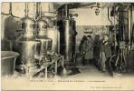 CIRES-les-Mello (oise) - Distillerie De La Rhodine - Le Laboratoire - France