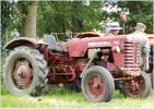 CPM - TRACTEUR Mc CORMICK F240 - Plouguenast 22 - Vieux Métiers - Tirage Limité - Tractores