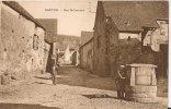Cpa Bon Etat ,  Nanton , Rue Saint-laurent ,  2 Personnages , Homme Tenant La Manivelle D´un Puits Carte Tres Propre - Frankreich