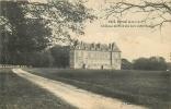 Derval : Château Du Fond Des Bois, Côté Sud. 2 Scans. - Derval