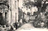55 VERDUN LA RUE DES CAPUCINS ANIMEE  PAS VOYAGEE - Verdun