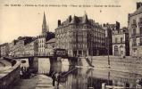 NANTES L'Erdre Au Pont De L'Hôtel De Ville Place Du Cirque Clocher De St-Nicolas - Nantes