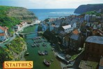 POST CARD OF STAITHES NEAR WHITBY,NOT POSTED.W. - Whitby