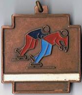 Médaille  Cuivre 3.5 Cm X 4.5 Cm  Patinage A Roulettes - Skating (Figure)