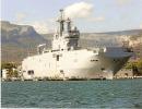 BPC DIXMUDE à Toulon  Marine Nationale Bateau Bâtiment Projection Commandement BPC - Militaria