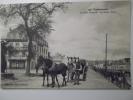 CPA Concarneau Le Quai Peneroff - Le Grand Hotel - Animé Attelage Chevaux 1916 - PA95 - Concarneau