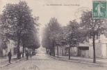 Cpa-51-Sainte Menehould--avenue Victor Hugo-animée-édition Du Grand Bazar - Sainte-Menehould