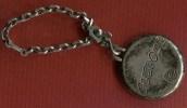 Porte Clef Publicitaire ' Glisdome ' - Key-rings