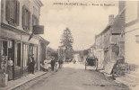 """27 LYONS LA FORET  Route De BEAUFICEL Animée COMMERCE """" CAFE TABAC Marchand De Cartes Postales """" - Lyons-la-Forêt"""
