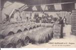 16 _  COGNAC  _  PINET CASTILLON _  Un Coin Du Chai  D' Expédition  _ - Cognac