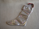 Christmas Boot; Botte De Noël.Argent/rouge Confection Pièce Unique, Ruban, Perles 4 Photos. - Loisirs Créatifs