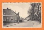 ESTAIMPUIS - Belgique - Hainaut - Rue Des Résistants Animée - Auto - - Estaimpuis