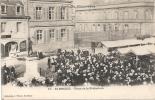 SAINT BRIEUC - Le Marché Place De La Préfecture - Saint-Brieuc
