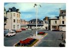 Agon Coutainville: La Place Du General De Gaulle Et Le Home Familial, 4L Renault (11-2657) - France