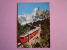Environs De CHAMONIX-MONT-BLANC  ( Haute-Savoie )  Le Train.....rejoint Le Montenvers..... - France