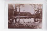 PHOTO DE 1898 , ETRETAT , DANS LA FERME DES ARTISTES - Etretat