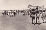 19126 CADIZ - PLAYA DE LA VICTORIA . Victory Beach. Garcia . Femme