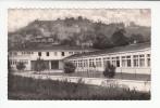 VERTAIZON (63) - Vue Sur La Montagne - Le Groupe Scolaire - CPSM Dentelée PF  (Puy De Dôme) Ecole - Francia