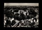 35 - COMBOURG - Le Château Et La Place  Chateaubriand - Vue Aérienne - 76-41 A - Combourg