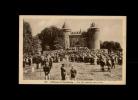 35 - COMBOURG - Château De Combourg - Une Fête Religieuse Dans Le Parc - 745 - Combourg