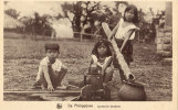 Igorotes Cildren Kooking - Filippijnen