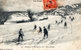 THEMES - SPORTS - MILITARIAT - Les Alpes - Exercices De Skis Par Le 157° - Une Descente - Escrime
