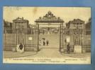 Versailles - Palais - Cours D'honneur - Versailles (Château)