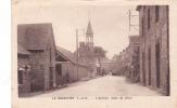 19401 LA BOUÊXIERE - L'arrivée - Route De Liffré . Donias Rennes