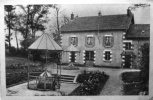 Saint Parizé Le Chatel : La Source D´eau Minérale - Andere Gemeenten