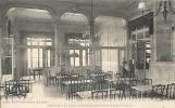 Hérault- Palavas-les-Flots -Le Casino, Salle De Consommations Et Petits Chevaux. - Palavas Les Flots