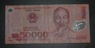 VIETNAM - Billet De 50.000 Dông – 2003 - N°VN 04121715 - Vietnam