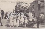 QUELAINES (Mayenne) Cavalcade Du 11 Juillet 1920 Char De La Musique Et Demoiselles Queteuses - Francia