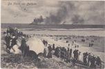 Die Flotte Vor Borkum / Warships Seen From Beach, Large Crowd. Postally Used, 1907. - Borkum