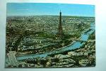 D 75 - Paris - La Seine Et Ses Ponts. Au Centre, La Tour Eiffel - Tour Eiffel