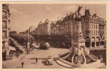 16. REIMS (Marne) - Fontaine Subé Et Place D'Erlon (Animation) - Reims
