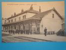 08 ARDENNES Gare AMAGNE LUCQUY Sortie De Gare Personnel En Gros Plan - France