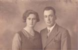 19637 Carte Photo   Femme Couple Homme Peut Etre Du Photographe Leclercq à Pont à Celles - - Pont-à-Celles