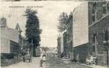 Philippeville - Rue De La Station ( Belle Animation ) -1920 - Philippeville