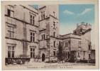 LOURMARIN - Chateau Renaissance - Cour Et Terrasse - Lourmarin