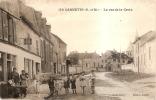 D77 - CARNETIN - LA RUE DE LA CROIX - En L'état Plis Voir Scan - France