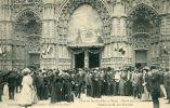 N°16594 -cpa Tours -fêtes De Jeanne D'Arc -parvis De La Cathédrale- - Tours