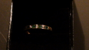 Ring In Geel Goud, 18 Kt Gezet Met 4 Brillanten En 5 Smaragden. - Rings
