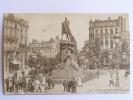 LILLE - La Statue De Faidherbe Et La Place Richebé - Lille