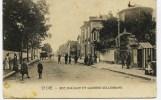 12- 3903 - Vosges -  SAINT DIE  :  RUE D´ALSACE ET CASERNE KELLERMANN  En 1911 - Saint Die