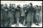 CPA.  PARIS.  LA MANIFESTATION DES ÉTUDIANTS. Une Charge De Police, Place De L'École De Médecine. - Manifestations