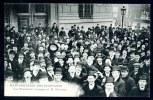 CPA.  PARIS.  LA MANIFESTATION DES ÉTUDIANTS. Les Étudiants Conspuant M. Nicolas. - Manifestations