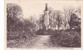 19761 VANNES  MONUMENT AUX MORTS Dans Grand Jardin. 2297 Riviere-bureau.