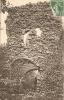 Cpa Animée Des Planches-près-Arbois (39), Ruines Du Château De La Châtelaine, Figuet 6 - Sin Clasificación