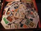 Leuke Doos Onafgeweekt Wereld Ruim 1,5 Kilo - Lots & Kiloware (mixtures) - Min. 1000 Stamps